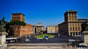 ベネチア広場(Piazza Venezia)