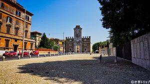 ピア門(Porta Pia)