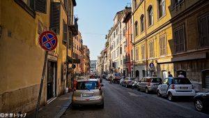 セルペンティ通り(Via dei Serpenti)