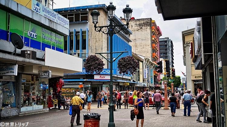 セントラル通り(Avenida Central)