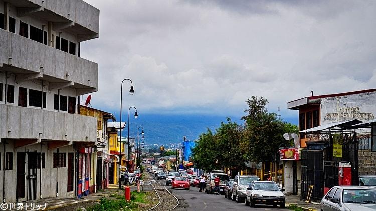 13通り(Calle13)