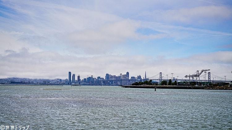 ミドル・ハーバー・ショアライン・パークから見たサンフランシスコ