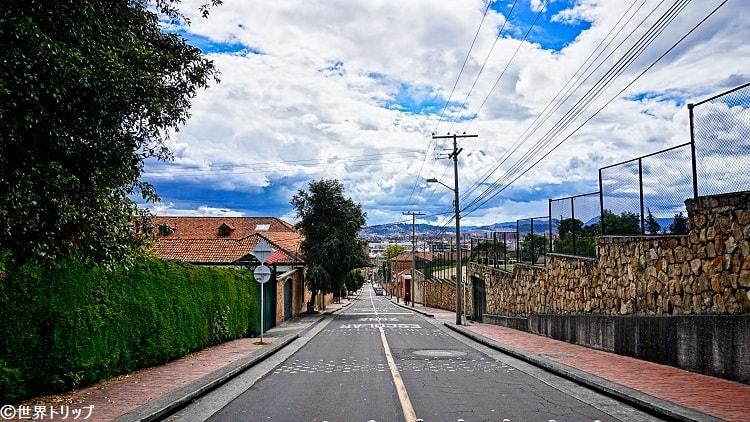 ウサケンの坂道(Calle119)