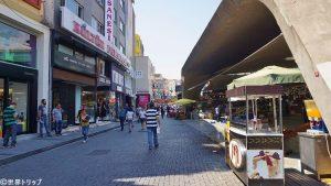 ベシクタシュ市場(Balıkçılar Çarşısı)周辺