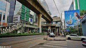 BTSプルンチット(Phloen Chit)駅周辺