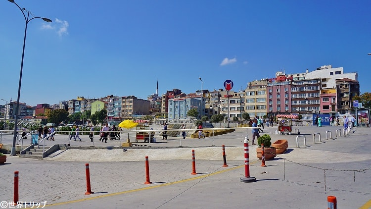 イェニカプ(Yenikapı)駅周辺