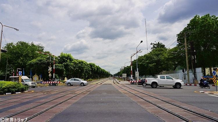 バンコクの線路道