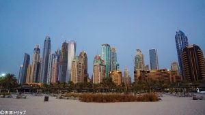JBRビーチから見た高層ビル群