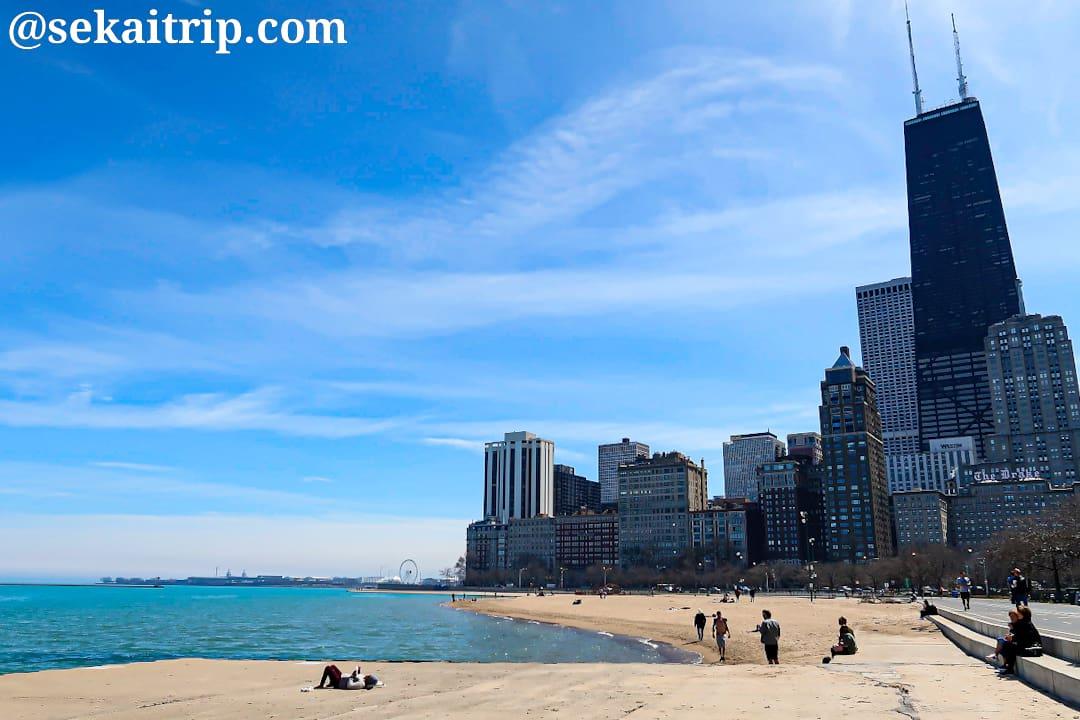 シカゴのオーク・ストリート・ビーチ(Oak Street Beach)