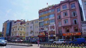 フェウズィ・パシャ通り(Fevzi Paşa Caddesi)