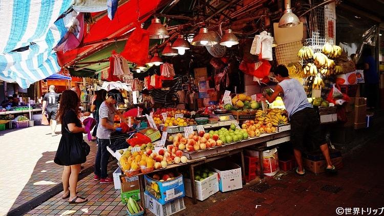 鰂魚涌站周辺の果物屋さん