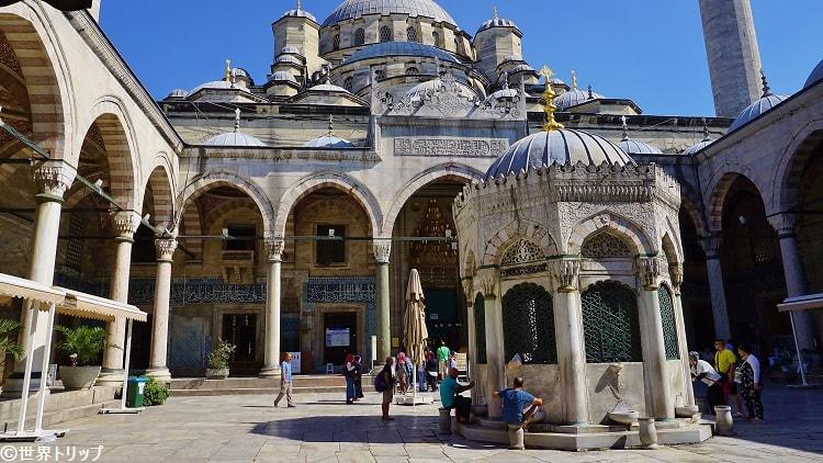 イェニ・モスク(Yeni Cami)※ニューモスク