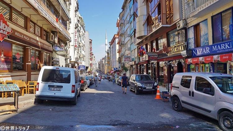 Manastırlı Rıfat Sokak