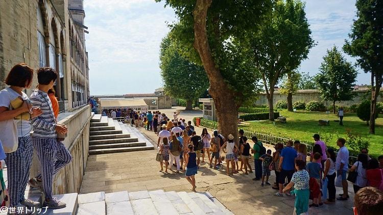 スルタンアフメト・モスク(ブルーモスク)の行列