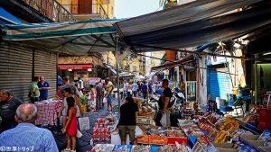 ポルタ・ノラーナ市場(Mercato di Porta Nolana)