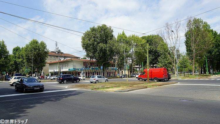 地下鉄5号線「Marche」駅付近