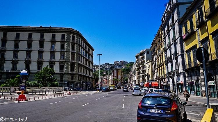 ピエディグロッタ通り(Via Piedigrotta)