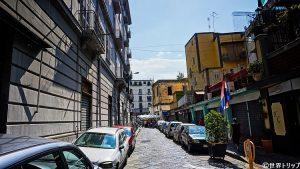 ラッファエーレ・コンフォルティ通り(Via Raffaele Conforti)