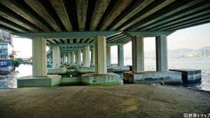 北角(ノース・ポイント)で撮影した橋脚