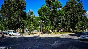 マッシモ・ダゼーリョ広場(Piazza Massimo D'Azeglio)