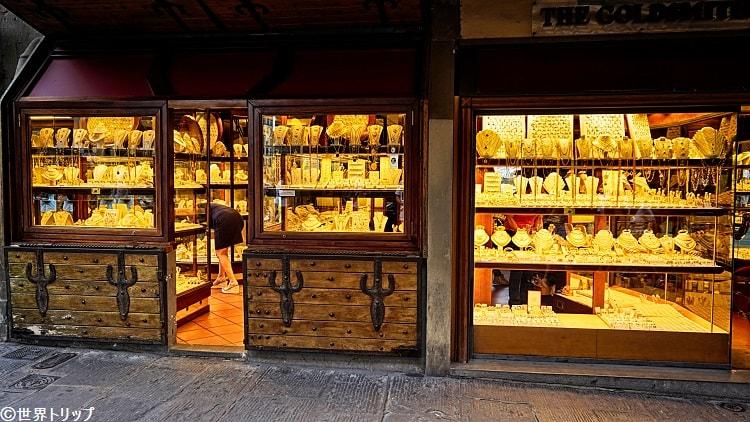ヴェッキオ橋の宝飾品店