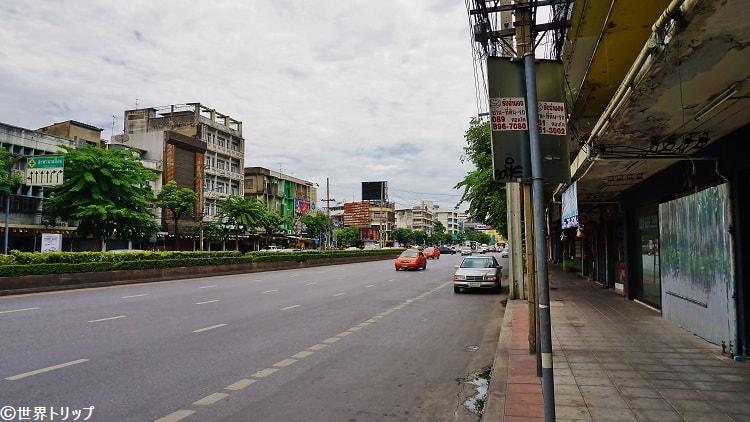 ラーマ4世通り(Rama IV Road)