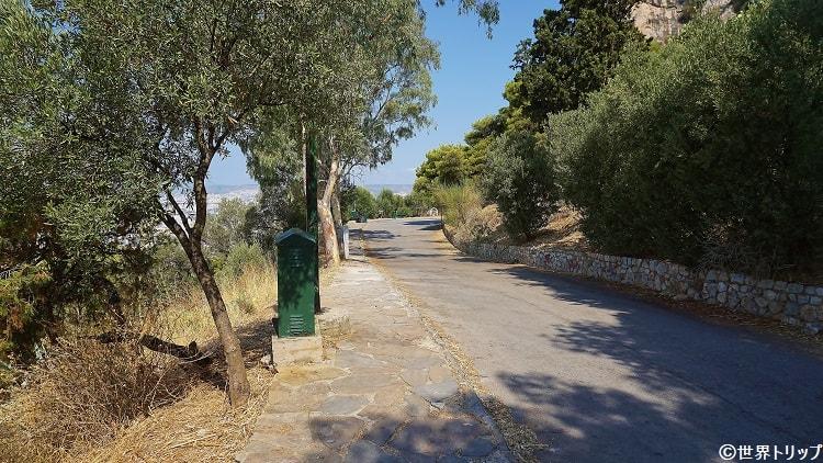 リカヴィトスの丘の道