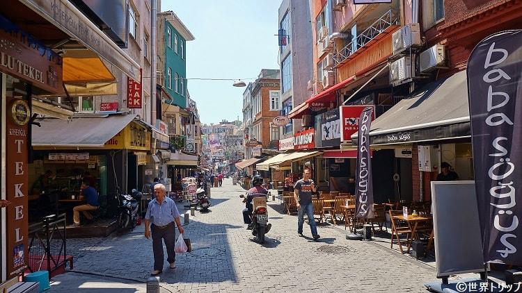 Şehit Asım Caddesi