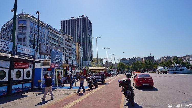 ピレウス(Piraeus)港の切符売り場