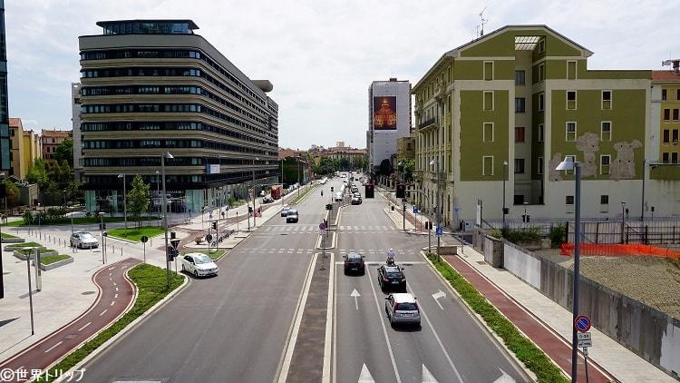 メルキオッレ・ジョイア通り(Via Melchiorre Gioia)