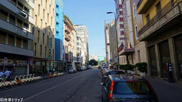 ナポ・トッリアーニ通り(Via Napo Torriani)