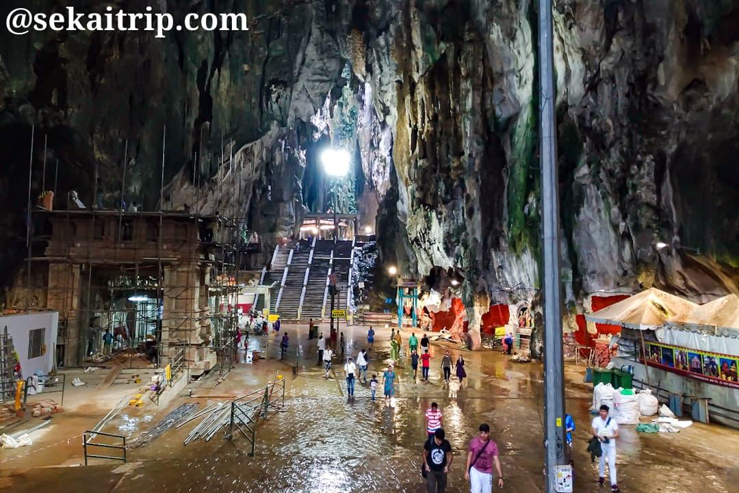 バトゥ洞窟(Batu Caves)の洞窟内
