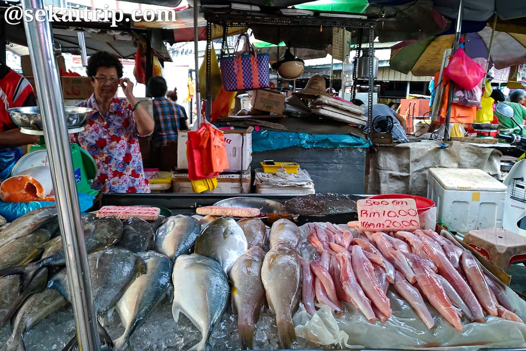 プドゥ・ウェット・マーケットで売られていた魚