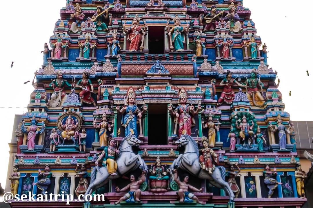 スリ・マハ・マリアマン寺院のゴプラム