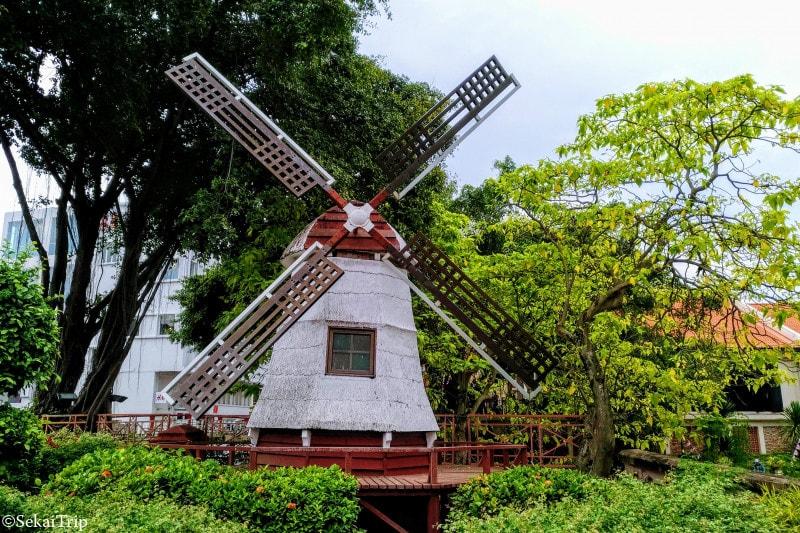 オランダ広場の風車