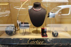 カルティエ(Cartier)本店のディスプレイ2