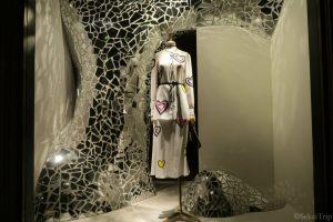 ディオール(Dior)本店のディスプレイ1