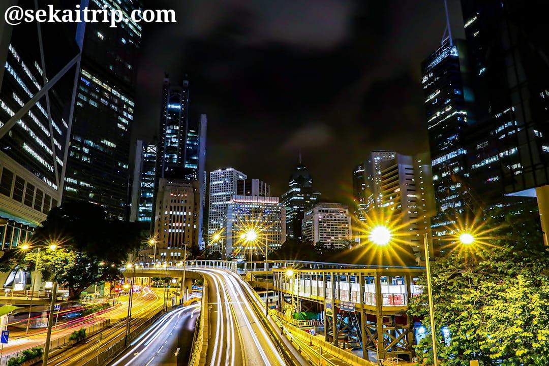 金鐘の横断歩道から撮影した夜景