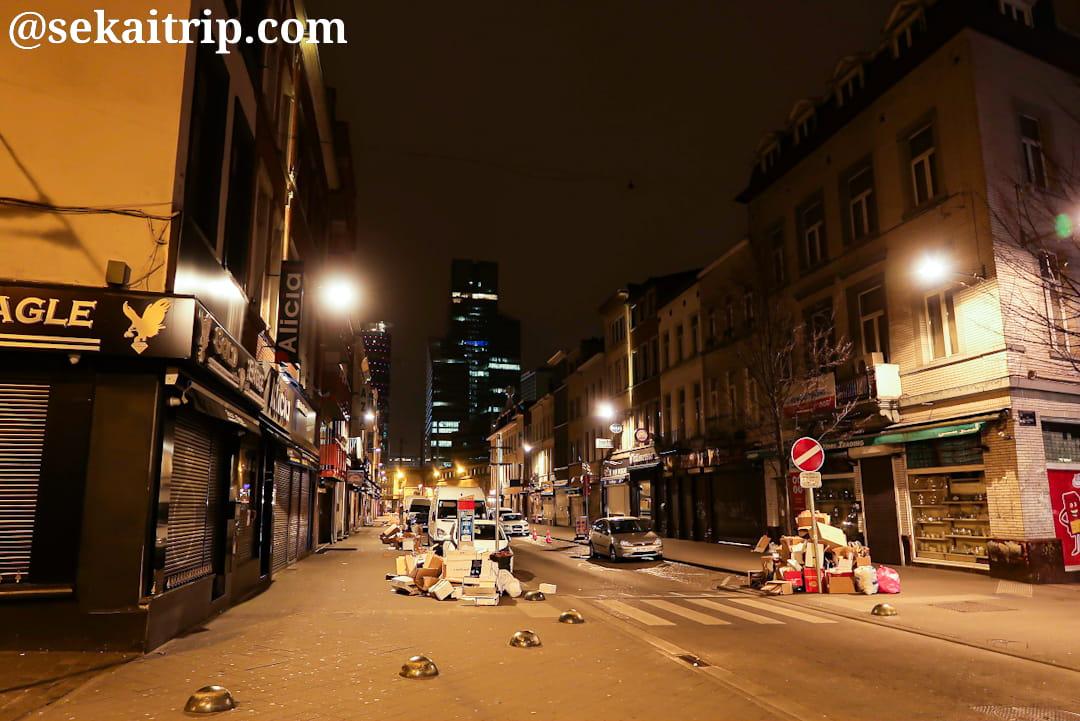 夜のブラバン通り(Rue de Brabant)