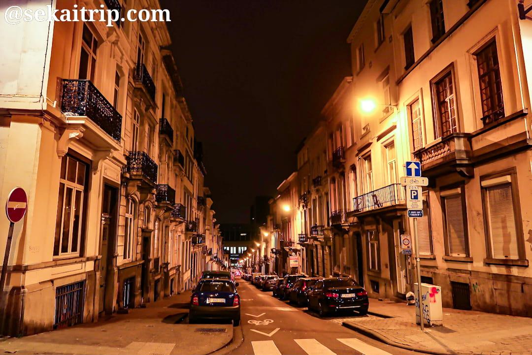 夜のデュポン通り(Rue Dupont)