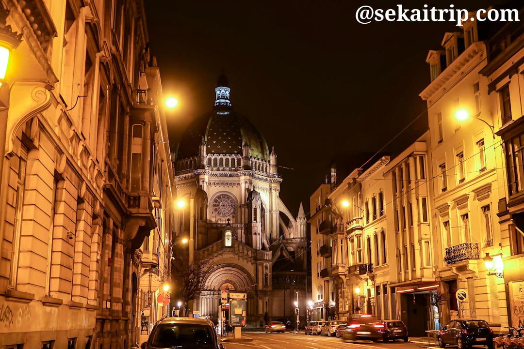 ブリュッセルのロワイヤル・サント・マリー教会(夜)