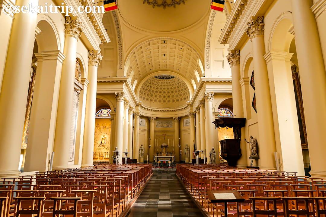 ブリュッセルのサン・ジャック・シュル・クーデンベルグ教会(内部)