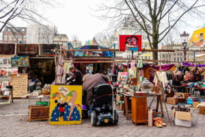 ワーテルロー広場の蚤の市(Waterloopleinmarkt)