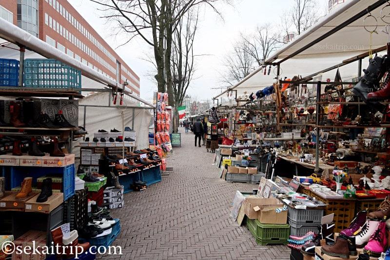 アムステルダムのワーテルロー広場の蚤の市(Waterloopleinmarkt)