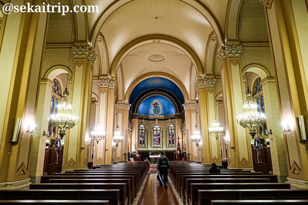 聖チャールズ教会(Église Saint-Charles de Monte-Carlo)の内部