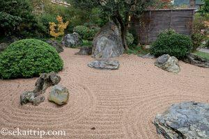 モナコ日本庭園(Jardin Japonais de Monaco)の石庭
