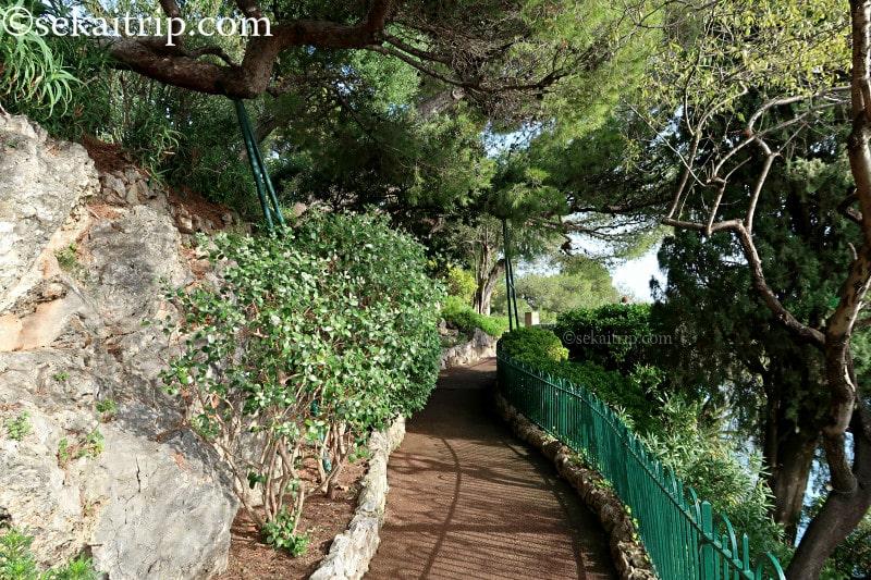 サン・マルタン庭園(Jardins de Saint-Martin)の遊歩道