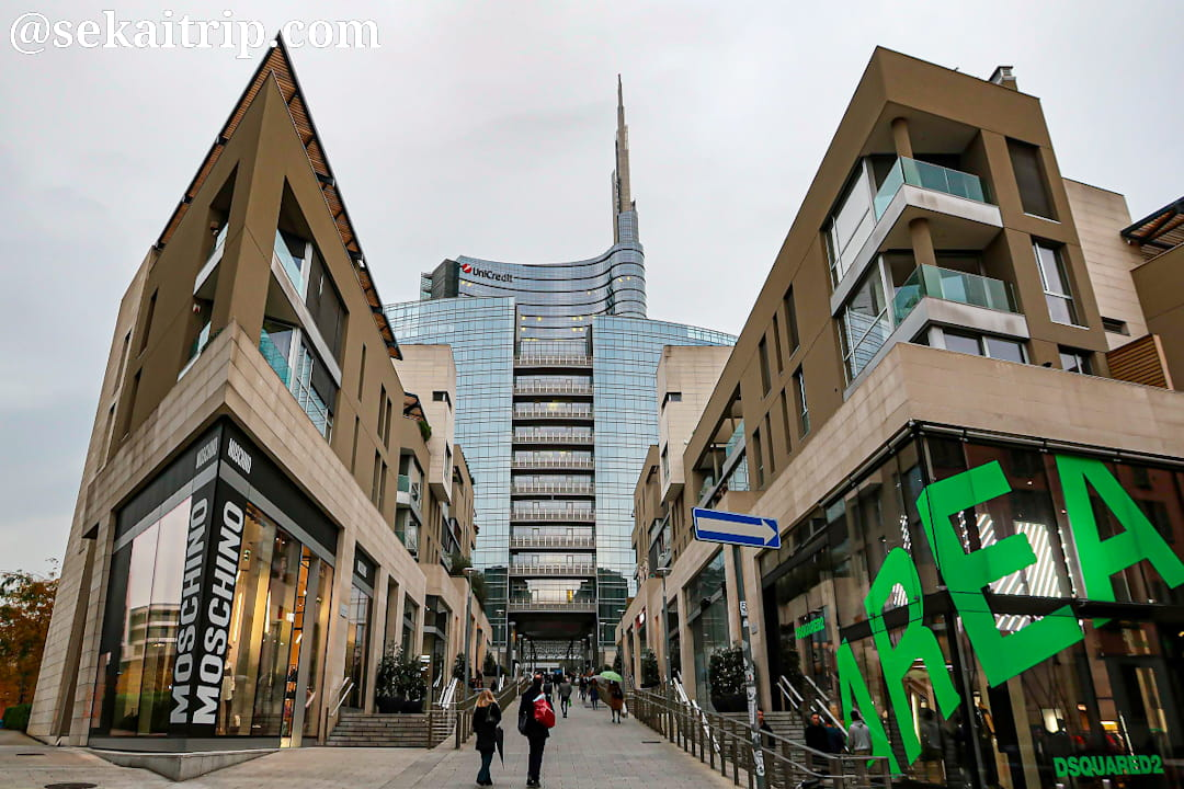 ヴィンチェンツォ・カペッリ通り(Via Vincenzo Capelli)