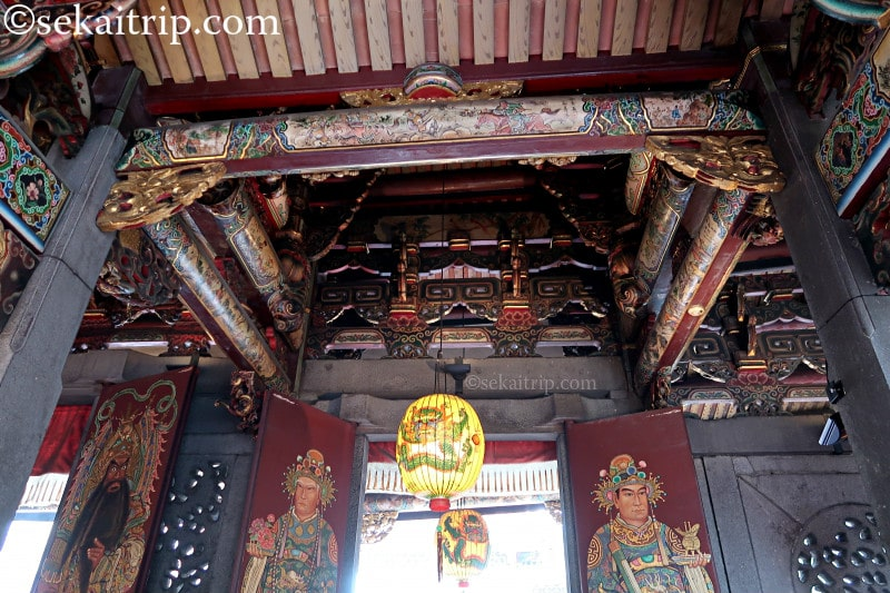 台北三大廟の大龍峒保安宮(内部)