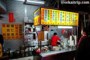 台北の師大夜市(魷魚焿等を販売する屋台)